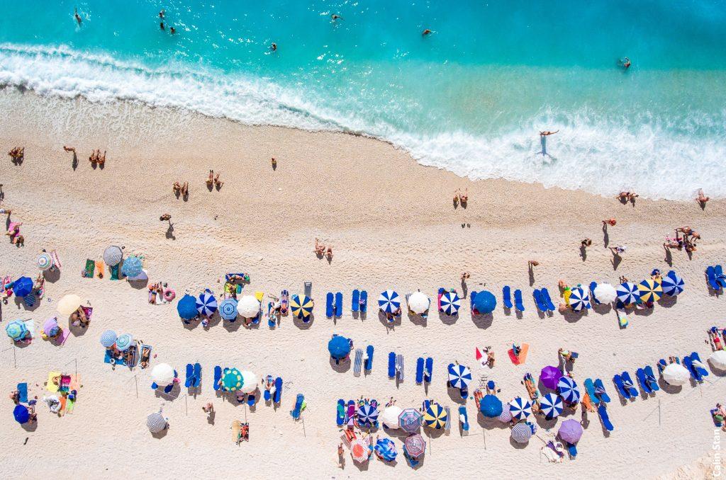 Strand Zypern mit Menschen