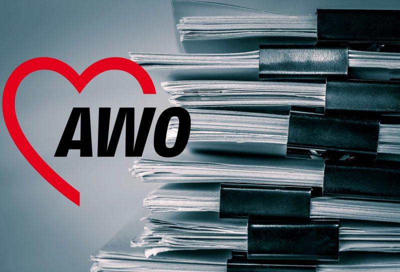 Akten mit AWO-Logo